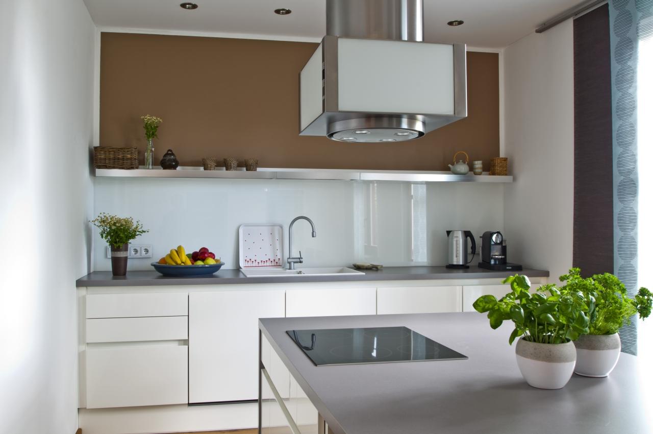 Zeitlos, moderne grifflos küche   ihr küchenstudio im saale orla kreis